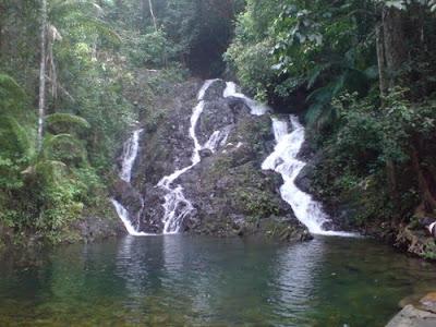 air terjun Gurok Beraye - belitung