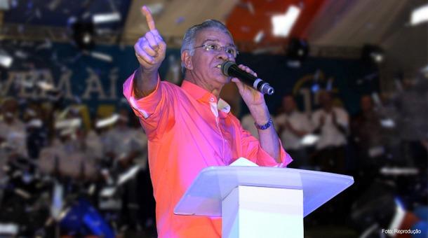 Após polêmica sobre seios de mulheres, prefeito de Goiana recebe voto de repúdio na Câmara de Vereadores