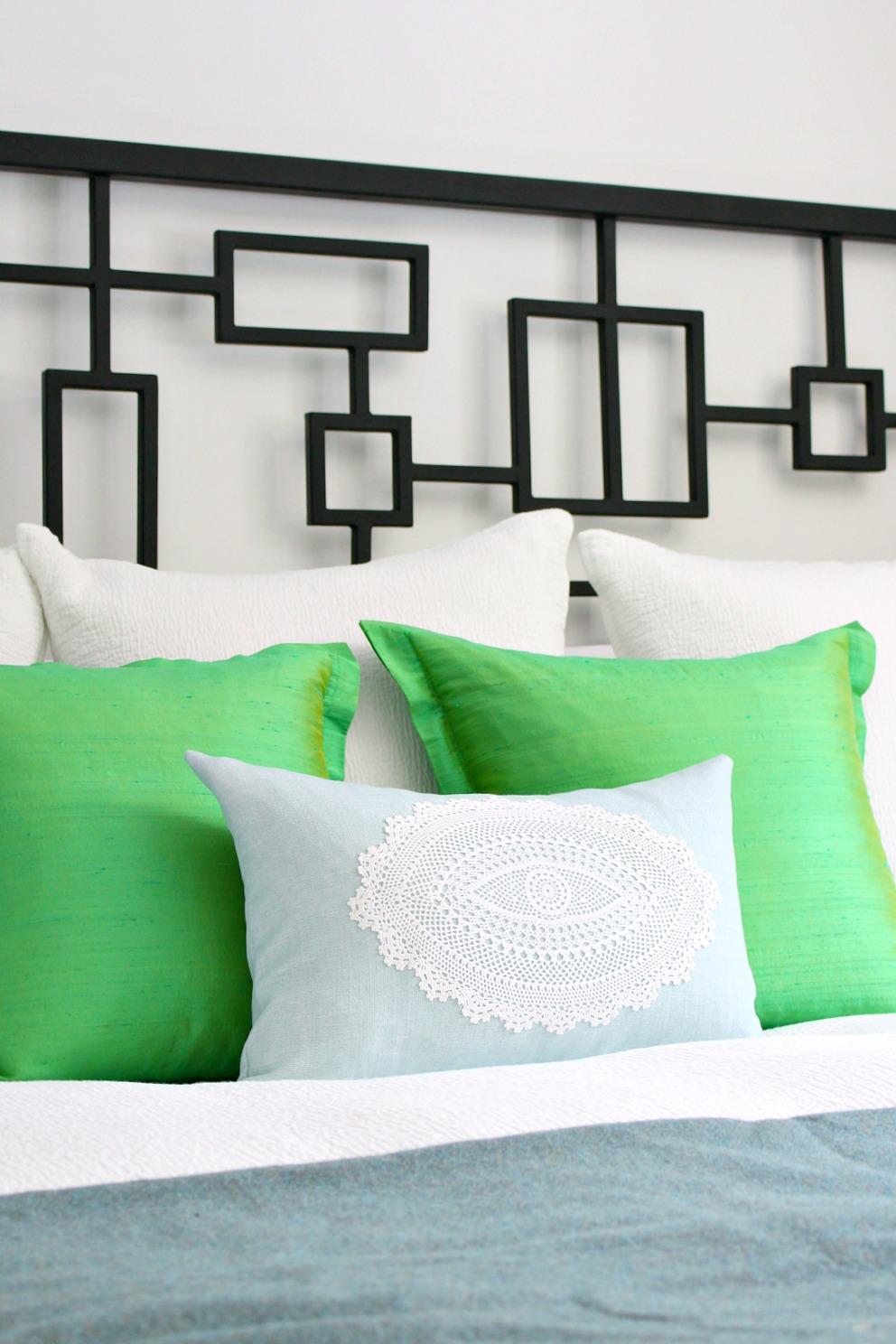 DIY Doily Pillow