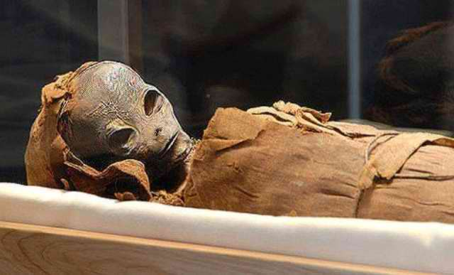 Alien Mummy Found In An Egyptian Pyramid