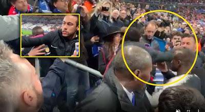 Resultado de imagem para Neymar  soco em torcedor na final da Copa da França