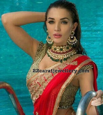 Actresses Stunning Look in Heavy Jewellery