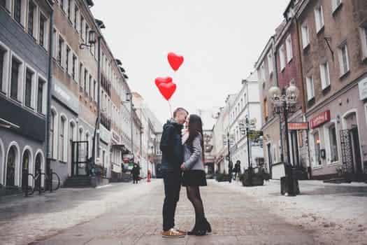 Top 20 Latest collection Romantic shayari hindi