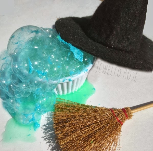 Melting witch dough