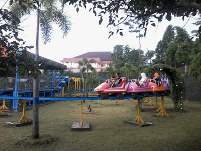Mini Coaster Atlantic Dreamland Salatiga