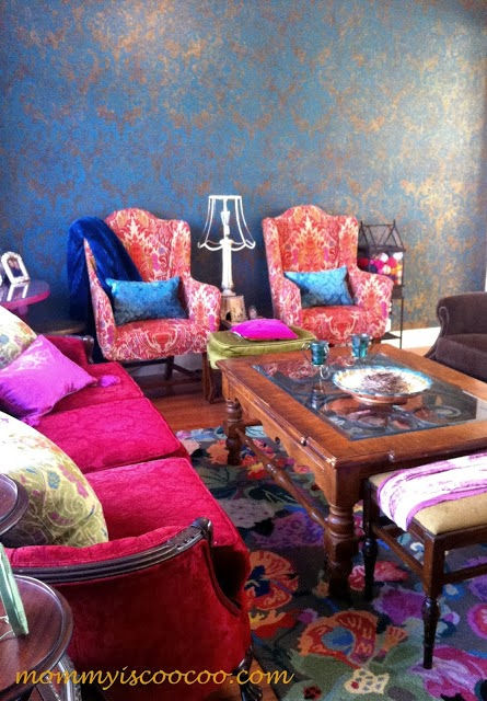 eclectic living room, stenciled walls, damask, from mommy is coocoo