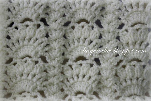 Free Crochet Afghan Patterns Shell Stitch : Lacy Crochet: Fancy Shells Baby Afghan Free Pattern