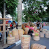 Di sini Pasar Kerajinan Tangan yang ada di Amuntai Kalimantan Selatan