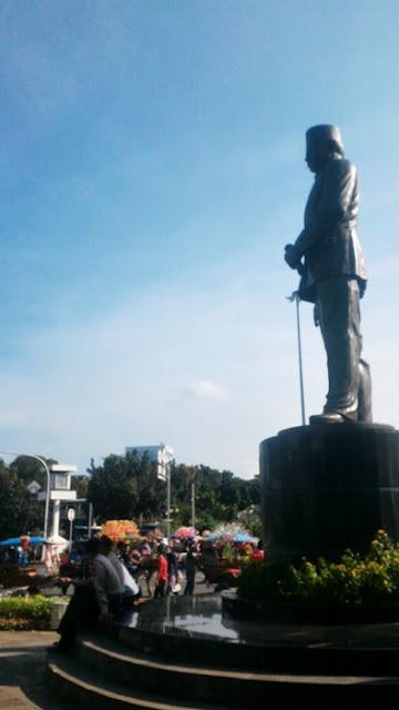 Patung MH Thamrin