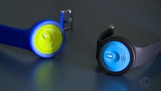 Mineiros criam pulseira para que pais monitorem crianças por bluetooth e GPS