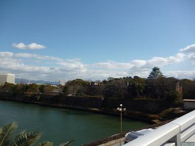 大阪城と生駒山