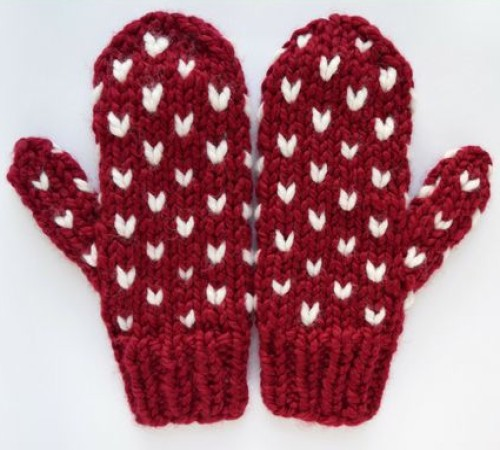 Little Hearts Mittens - Free Pattern