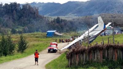 Pesawat Perintis Tergelincir di Bandara Aminggaru, Ilaga Papua