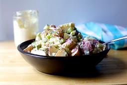 Mom's Vegan Potato Salad {easy + oil-free option} #vegan #recipevegetarian