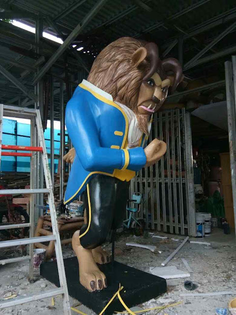 Custom Dekorasi 3D patung styrofoam tema beauty and the beast