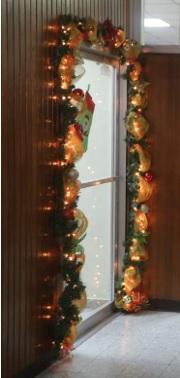 ideas para decorar la puerta de la oficina, decoración navideña para adornar la puerta de la oficina