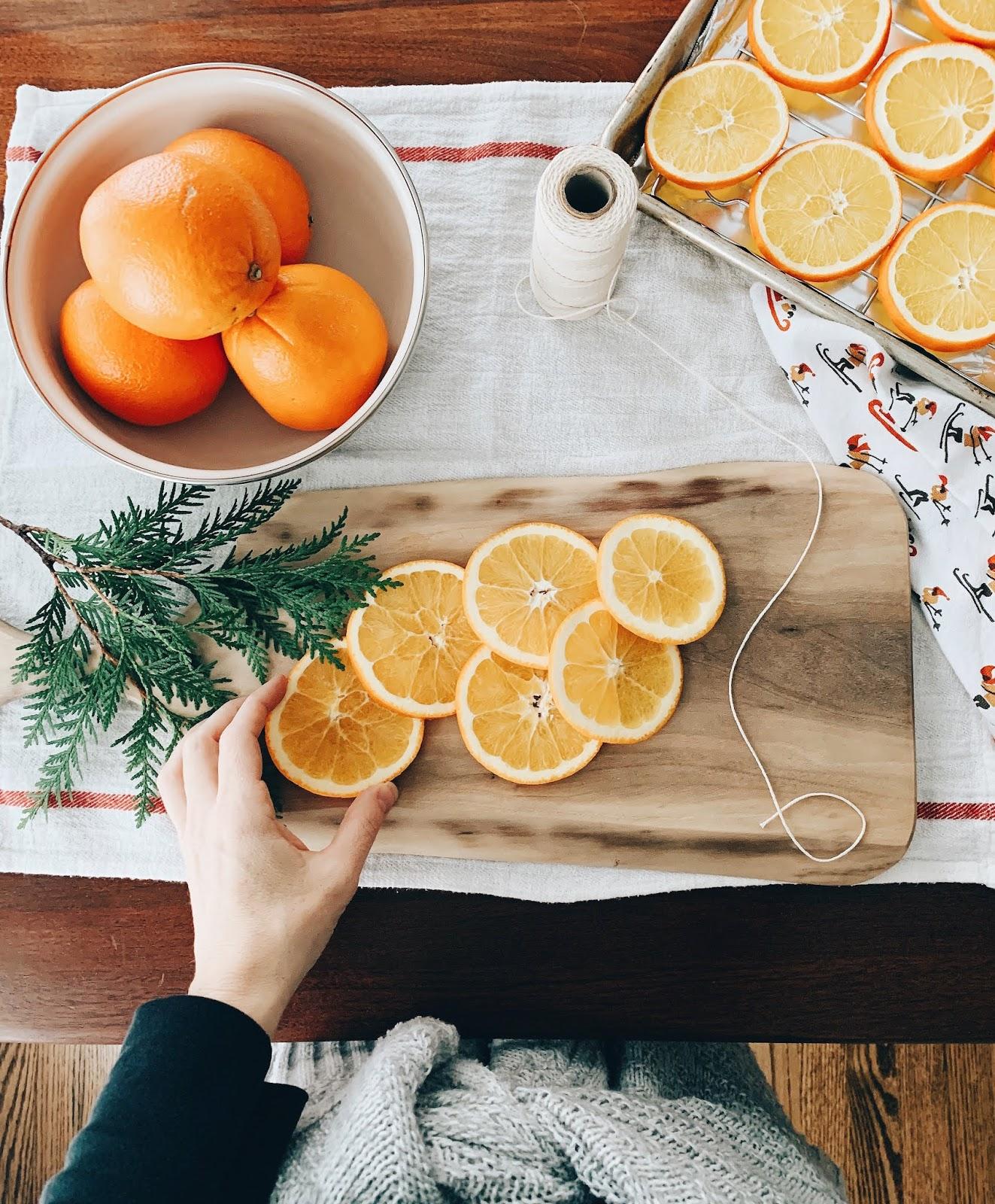 The Quick Journey Homemaking Dried Orange Garland