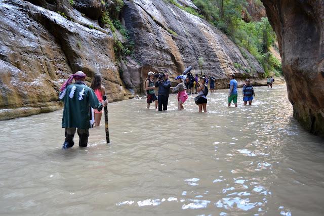 Национальный парк Зайон: путешествие по Реке Вирджин (Zion National Park, UT)