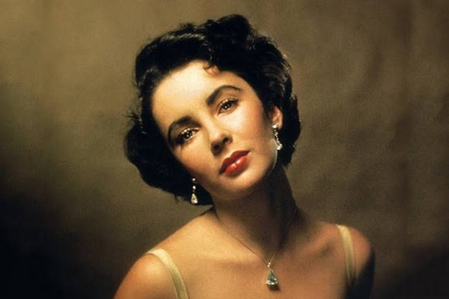 Elizabeth Taylor look like in the 20th century