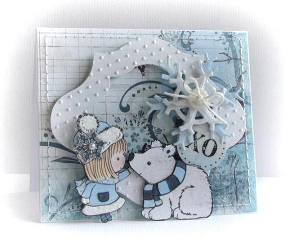 http://scrapalbum.blogspot.com/2010/12/paper-piecing-tutorial.html