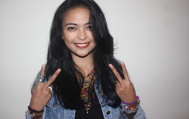 TANTRI KOTAK: Walaupun Bukan Warga Jakarta Tetap Dukung AHOK Daripada AHMAD DHANI!!