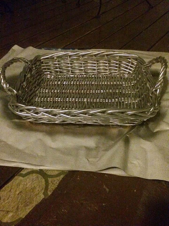 diy-crafts-home-decor-basket-tray-makeover-upcycled-thrift-store-diy-recycled