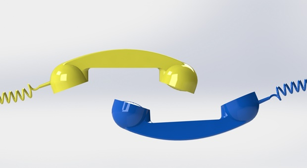 composicion de auricular amarillo y auricular azul modelado con solidworks