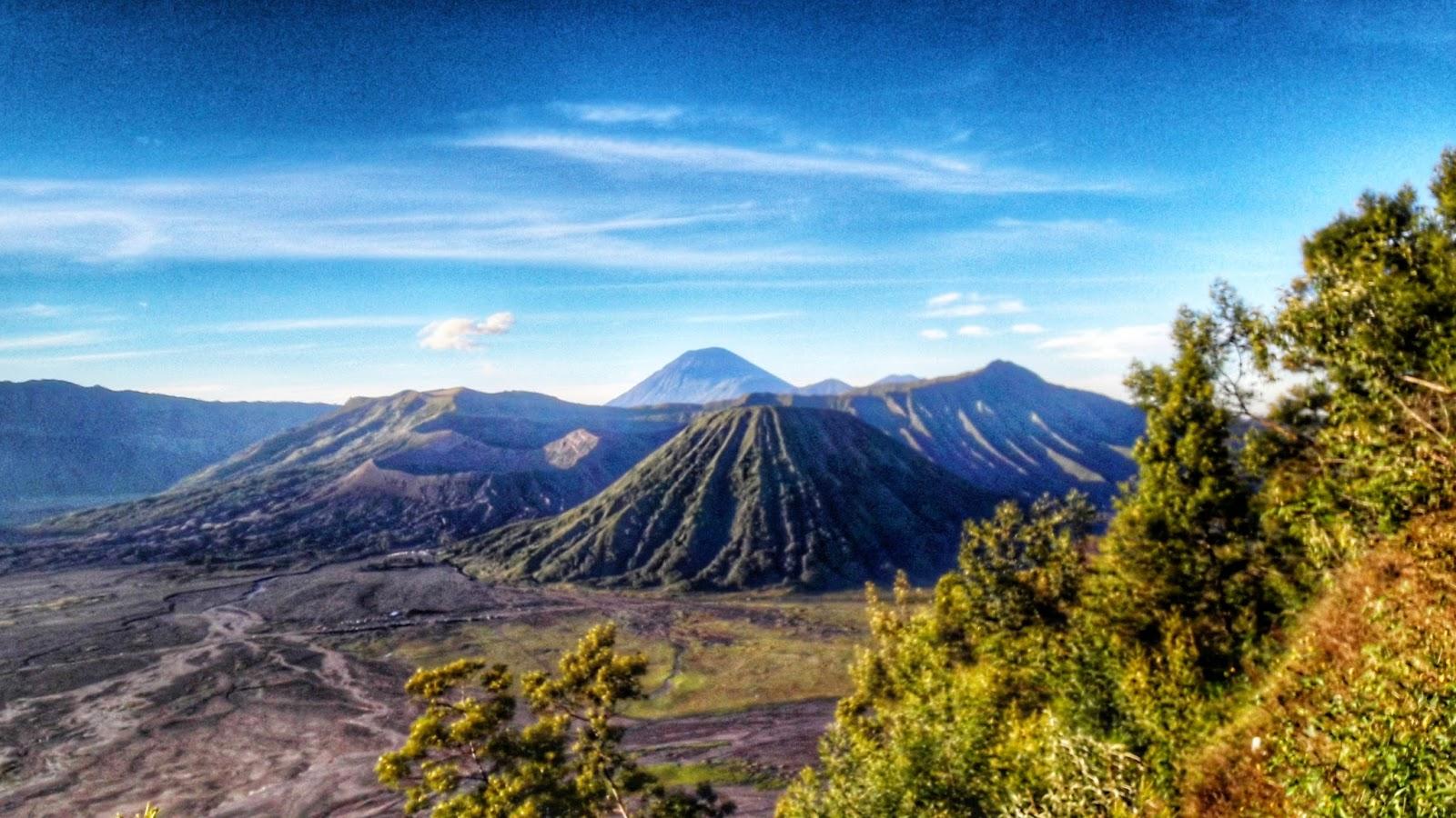 Wisata Gunung Bromo dan Sekitarnya