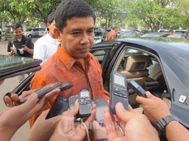 MenPAN-RB Yuddy Chrisnandi : Asal Tahu Saja Badan Pertimbangan Kepegawaian Sudah Memecat 2000-an PNS.