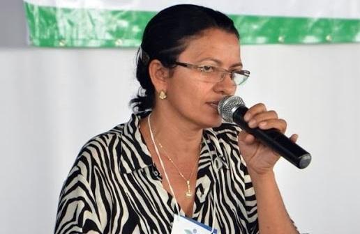 Luciene Cordeiro critica prefeitos de Santa Cruz e Brejo por atrasos de salários e faz apelo para que paguem