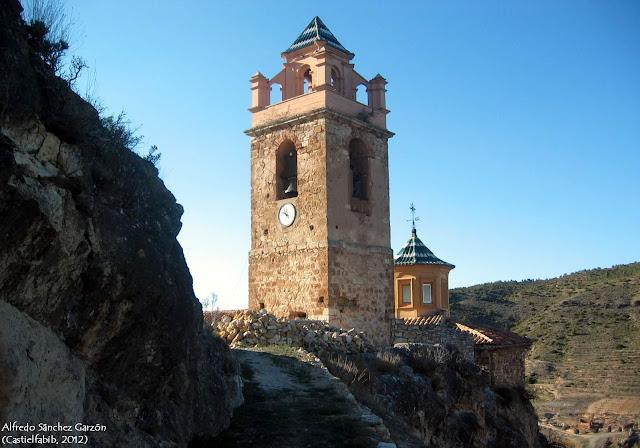 castielfabib-valencia-iglesia-torre-campanario-cupula