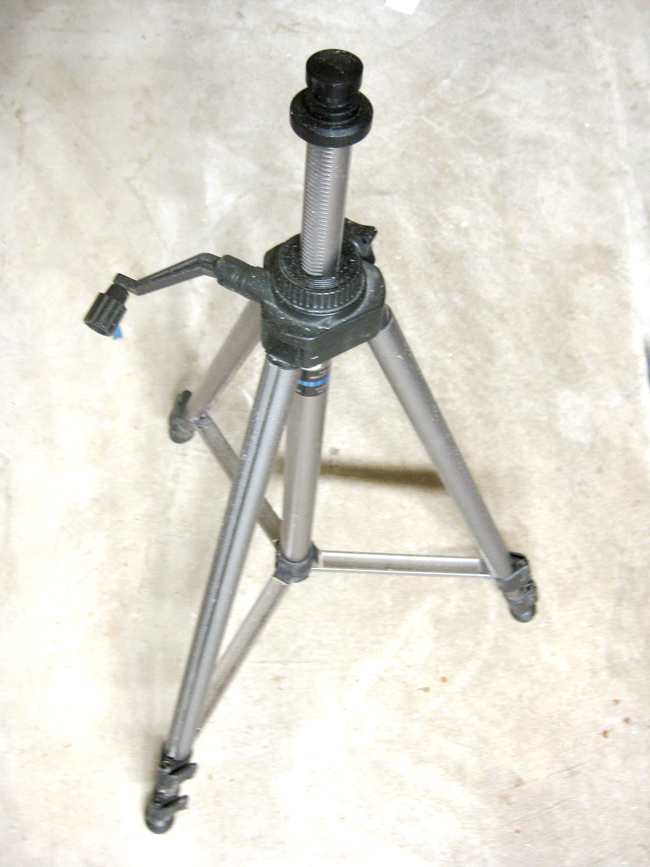 how to turn a cheap tripod into a table