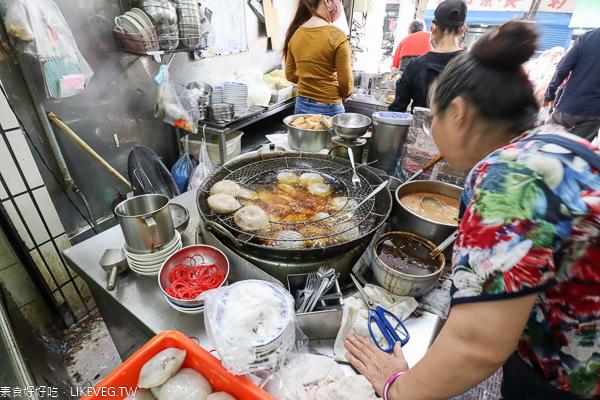 彰化素食素圓(菜圓)、豆包湯,知名長安街銅板美食,近彰化車站