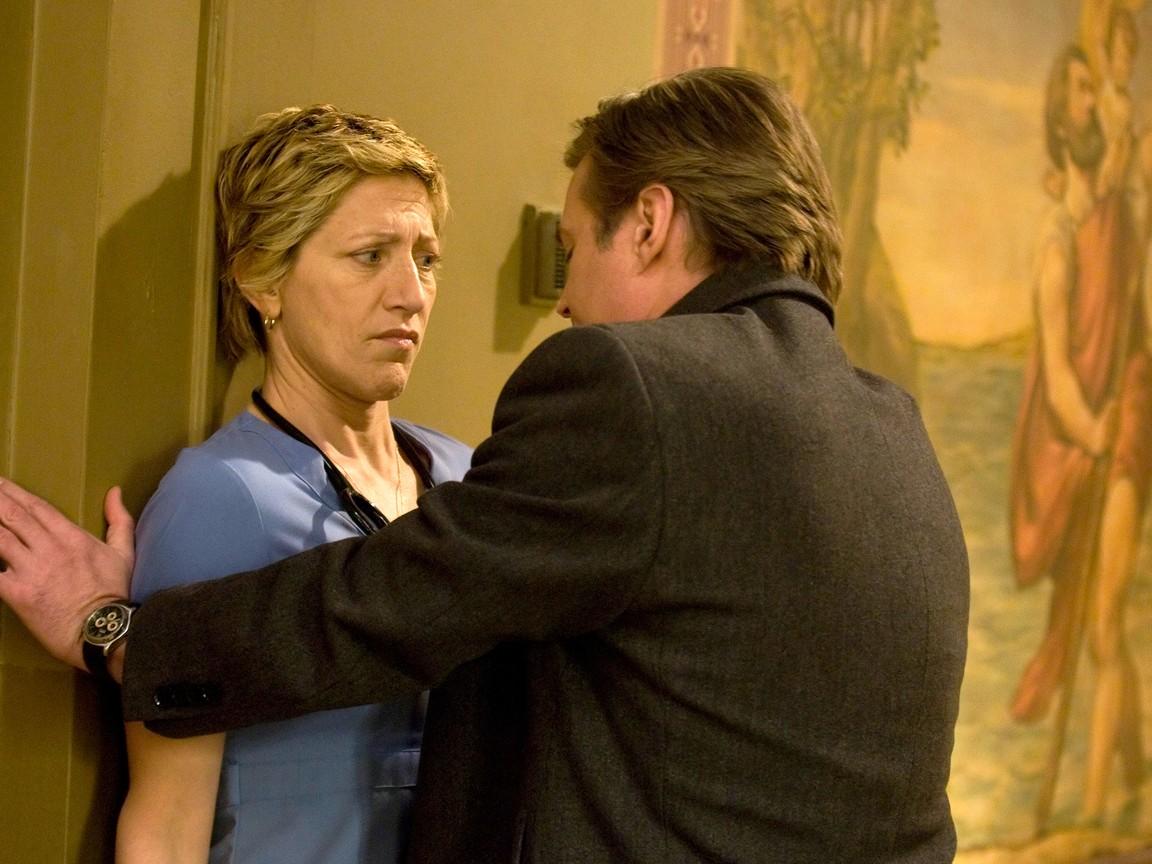 Nurse Jackie - Season 2 Episode 12: Years of Service