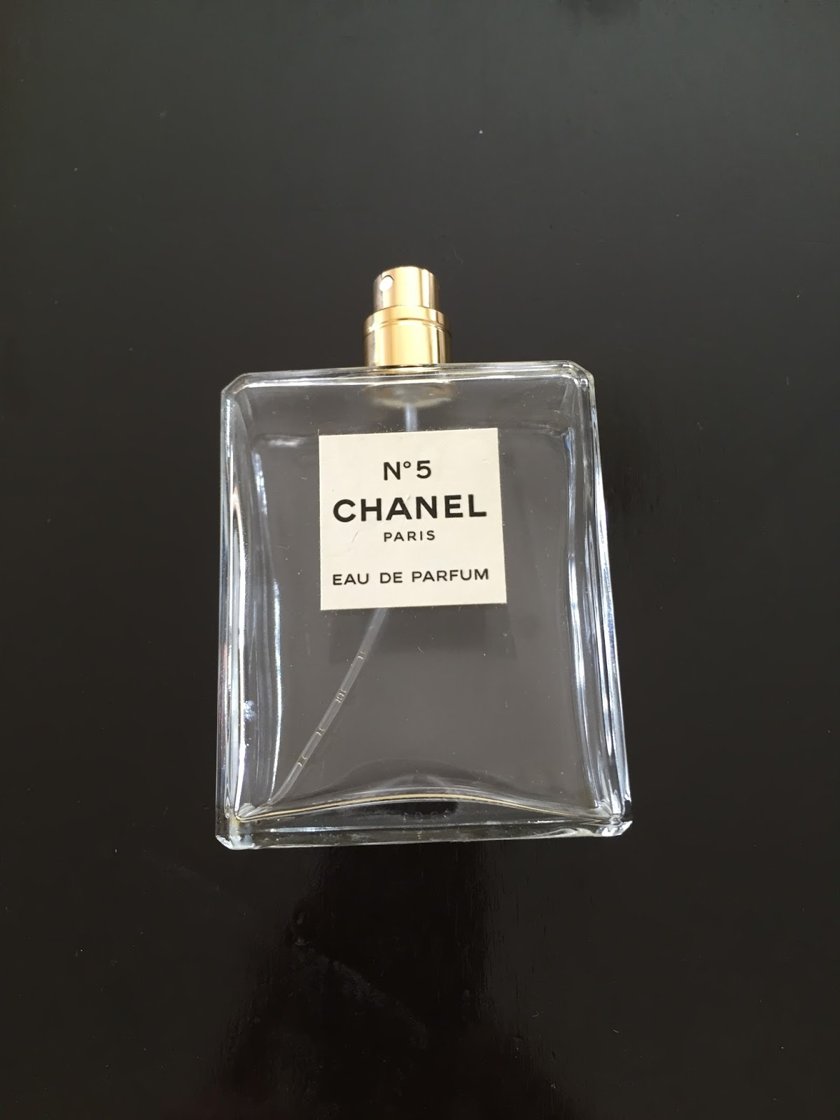 chanel no 5 diy vase celebrating this life. Black Bedroom Furniture Sets. Home Design Ideas