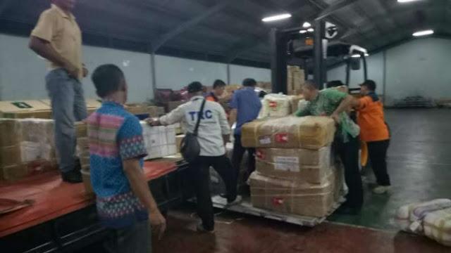 Pemprov Sumbar Kirim 1.6 Ton Rendang untuk Korban Gempa Palu-Donggala