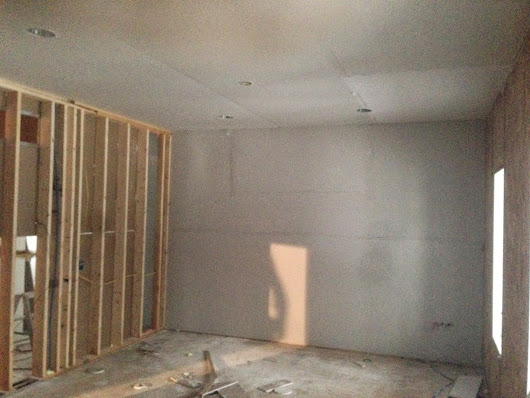 Day 275: Sheetrock is In!