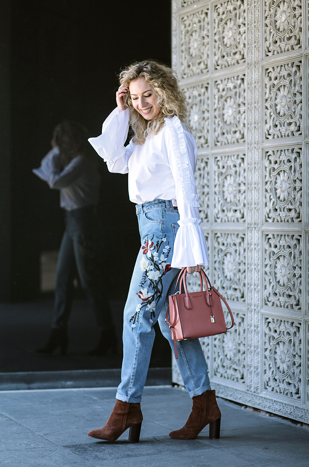Rita_maslova_ritalifestyle_moscow_fashion_blogger_jeans_flowers_velvet_shoes8