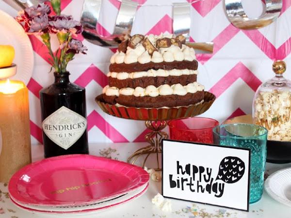 Happy Birthday Küchendeern! Snickers-Torte mit Karamell und Popcorn für Jasmin ♥