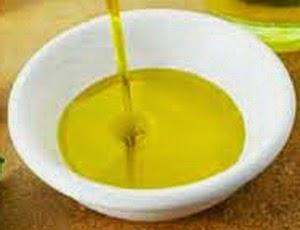 minyak zaitu untuk mempercantik batu bacan