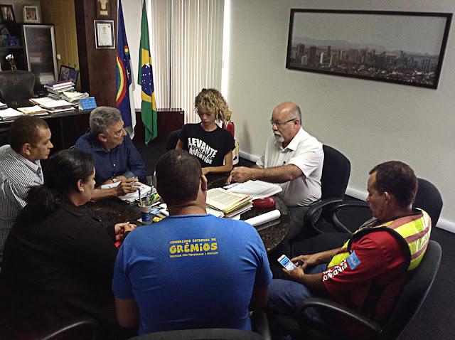 integrantes-dos-movimentos-sociais-realizam-encontro-com-o-prefeito-de-caruaru
