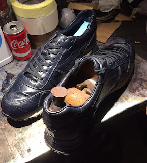 Louis Vuitton, restauration sneakers, nettoyage sneakers paris, paulus bolten, entretien sneakers