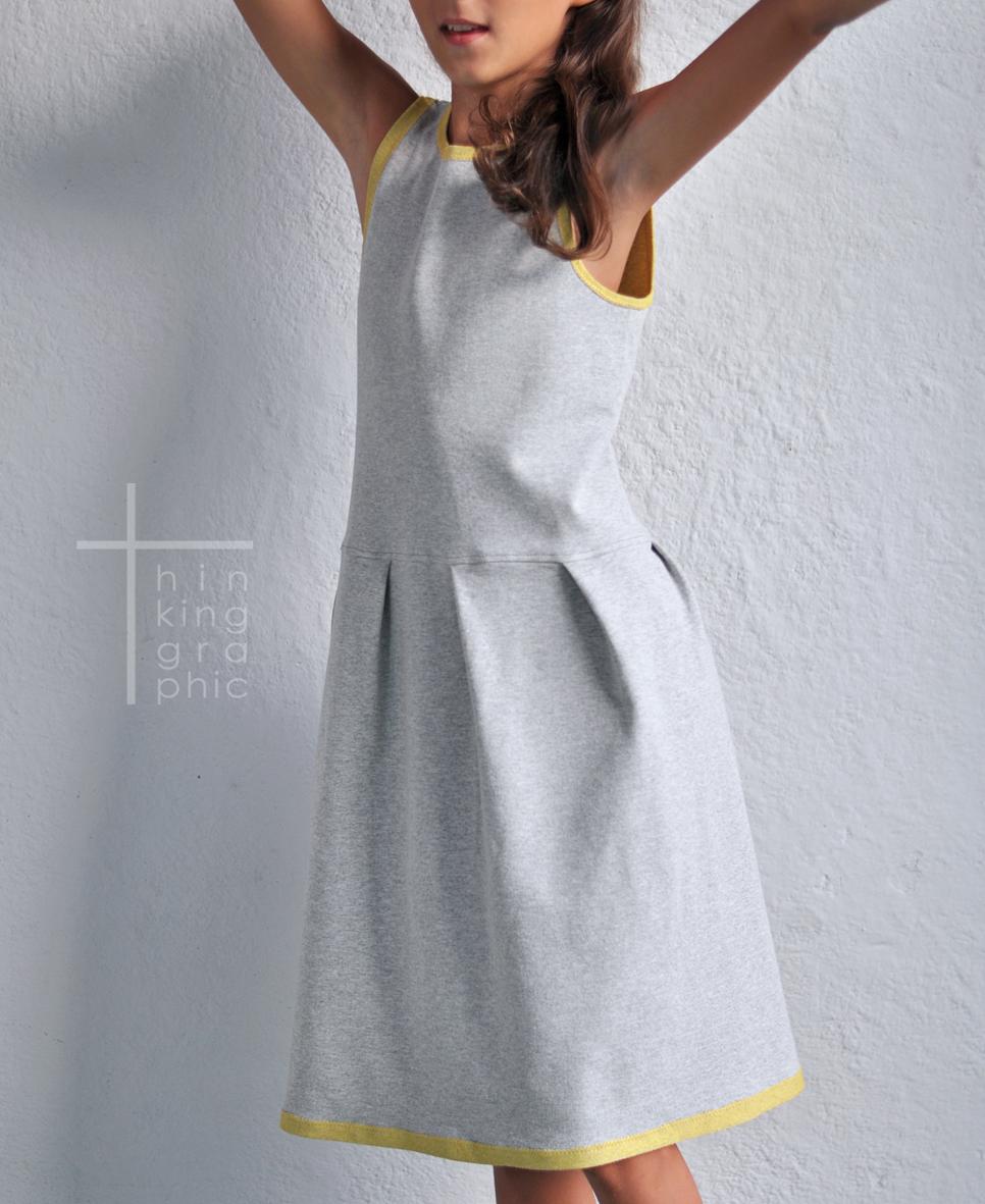 af7555e834 thinking graphic  Pół metra na próbę vol. 2 sukienka dla dziewczynki