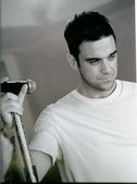 Robbie Williams - No One Likes a Fat Pop Star