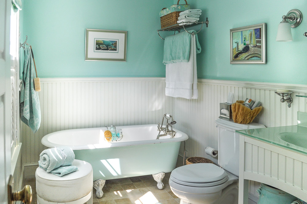 Bathrooms Inspired By The Sea Part 1