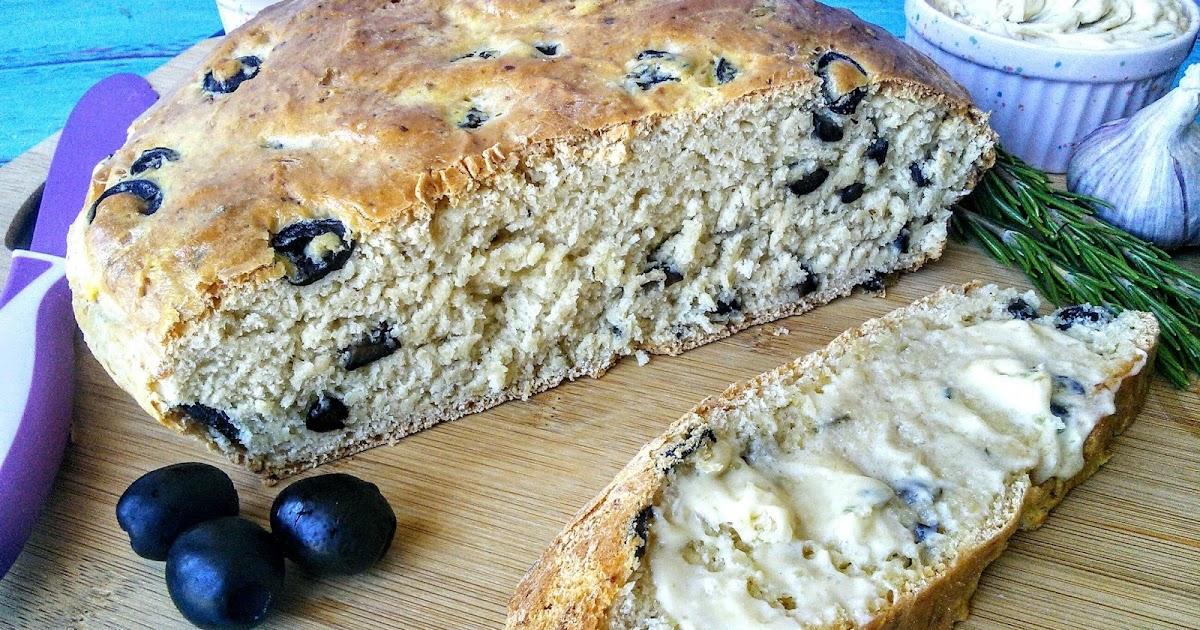 Mom Knows Best : Parmesan Rosemary Artisan Garlic Bread ...