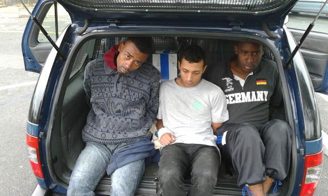 Rondas Ostensivas Municipais (ROMU) de Santo André detém trio com drogas na Vila Suíça