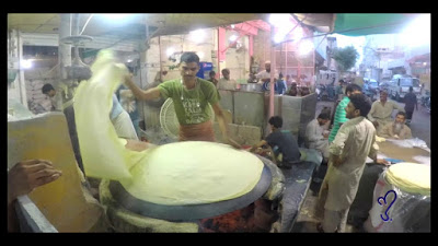 Making Samosa Pati Or Roll Pati In Karachi