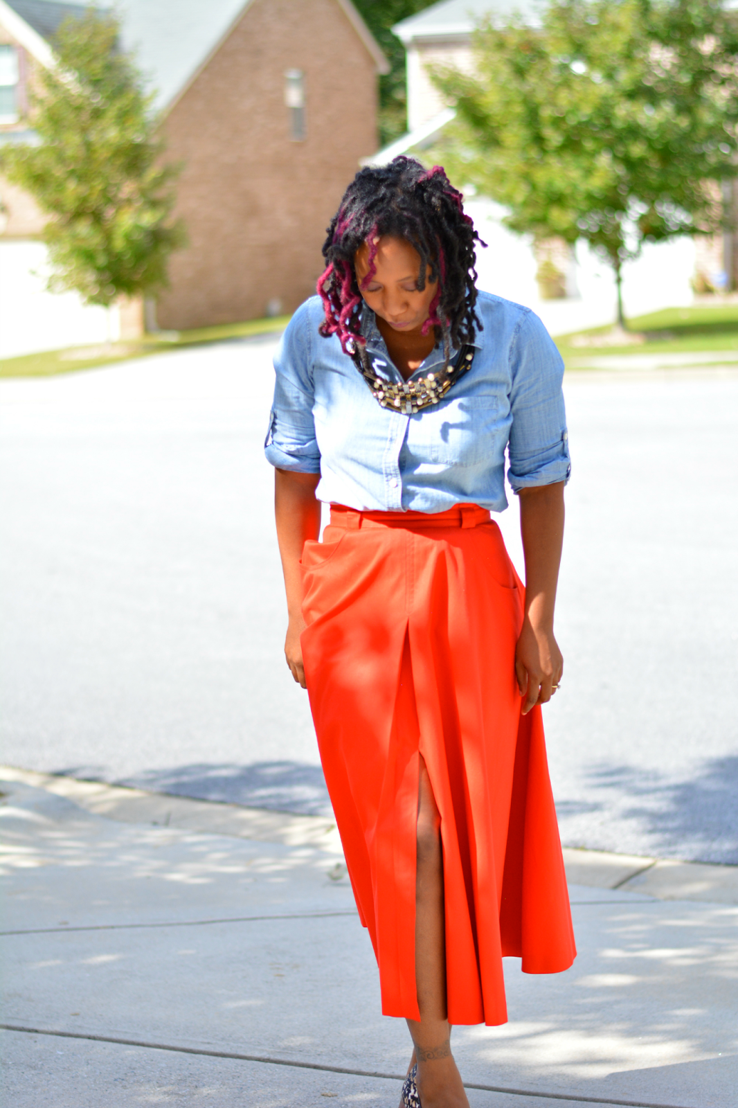 thrift style fashion blogger