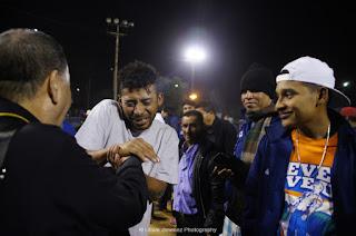 Arzobispo Leonardo Marín-Saavedra visitó a miembro de la Caravana Migrante  Centroamericana dentro del refugio de la Unidad Deportiva Benito Juárez de  ciudad ... 5a60b35ab4f8d